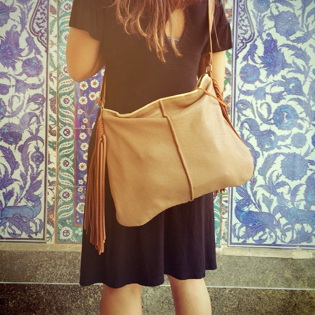 crossbody_sholder bag taupe leather2
