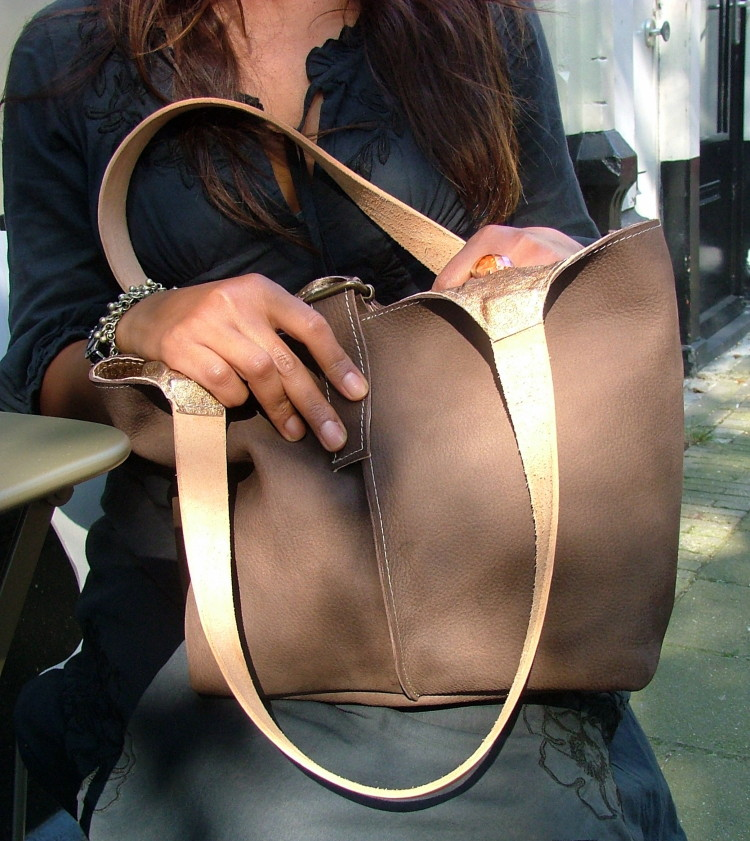 dark brown leather tote